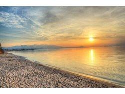 Bild zur kostenlos inserierten Ferienunterkunft Alkionis Beach Ferienwohnungen am Sandstrand.