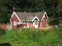Bild zur kostenlos inserierten Ferienunterkunft PYTTEBO - Ferienhaus im Walde.
