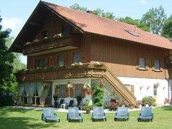 Bild zur kostenlos inserierten Ferienunterkunft Ferienwohnungen Echtler - OG.