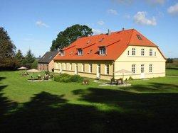 Bild zur kostenlos inserierten Ferienunterkunft Ferienwohnung Gut Rattelvitz Rügen.