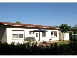 Bild zur kostenlos inserierten Ferienunterkunft Ferienhaus am Klosterwald in der Mecklenburgischen Schweiz.