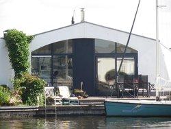 Bild zur kostenlos inserierten Ferienunterkunft Maritimes Ferienhaus Lemmer.