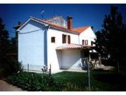 Bild zur kostenlos inserierten Ferienunterkunft Ferienhaus in der Nähe von Porec für 7 Personen.