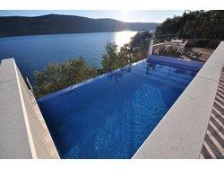 Bild zur kostenlos inserierten Ferienunterkunft Zwei Grosses FeWo mit Pool.