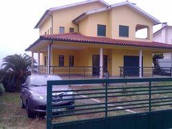 Bild zur kostenlos inserierten Ferienunterkunft Miete Ferienhaus in Portugal (5 km von Viseu).