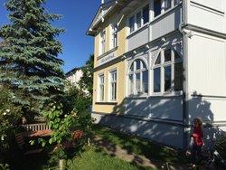 Bild zur kostenlos inserierten Ferienunterkunft Villa Isenbruck in Göhren auf Rügen.