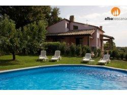 Bild zur kostenlos inserierten Ferienunterkunft Ländliche Ferienwohnungen mit Schwimmbad in Sorano Maremma Toskana (623SO).