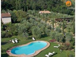 Bild zur kostenlos inserierten Ferienunterkunft Ferienhäuser mit Pool in Grosseto Cinigiano Toskana (544CG).