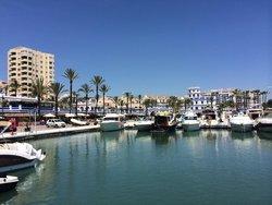 Bild zur kostenlos inserierten Ferienunterkunft Estepona-Puerto Paraiso.