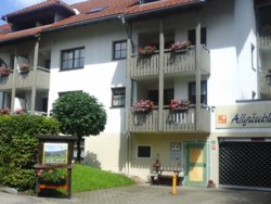 Bild zur kostenlos inserierten Ferienunterkunft Ferienwohnung Klein im Ferienhaus Allgäublick.