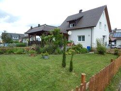 Bild zur kostenlos inserierten Ferienunterkunft Ferienhaus Moos.