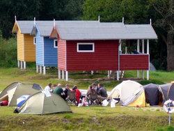 Bild zur kostenlos inserierten Ferienunterkunft 3 Pfahlhäuser direkt am Wasser! Mecklenburgische Seenplatte.