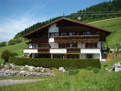 Bild zur kostenlos inserierten Ferienunterkunft Alpinrefugium Haus am Anger.