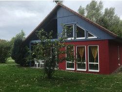 Bild zur kostenlos inserierten Ferienunterkunft Ferienhaus Lütt Matten.