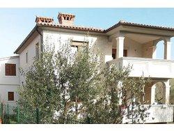 Bild zur kostenlos inserierten Ferienunterkunft Ferienwohnung Villa R+A.