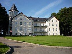 Bild zur kostenlos inserierten Ferienunterkunft 2-Zi-Ferienwohnung im Jagdschloß Hohen Niendorf bei KÜHLUNGSBORN.