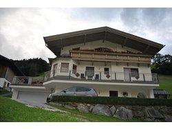 Bild zur kostenlos inserierten Ferienunterkunft Ferienhaus Angelika für 2-10 Personen.